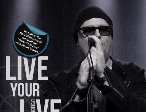 Pre-orders of 3CD release 'Live Your LIVE' open